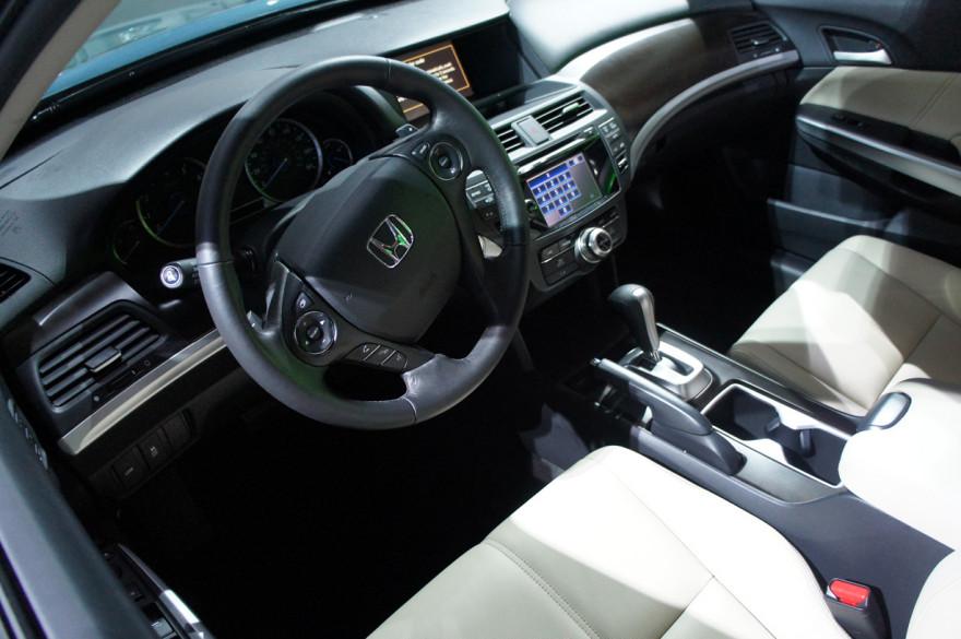 Honda-Crosstour-3