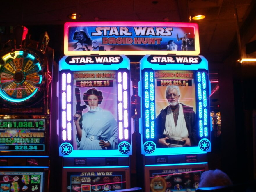 star_wars_slot_machine_by_l1701e-d597h8i